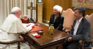 estela papa ignacio